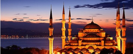 Brand New Day over The Blue Mosque (Sultan Ahmet Camii) in Istanbul
