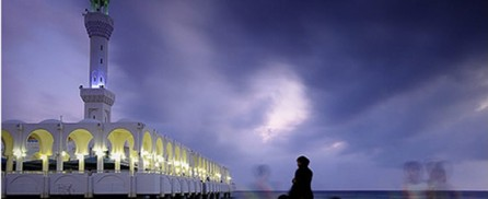 Evening prayer at Floating Mosque in Jeddah