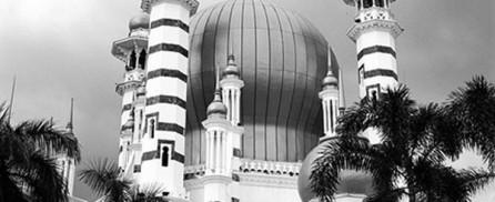 Ubudiah Mosque (in mono and square)